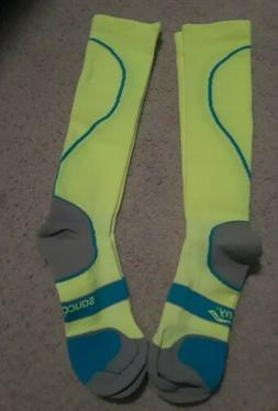2 pairs saucony comperssion socks size xl mens 12-14 women's